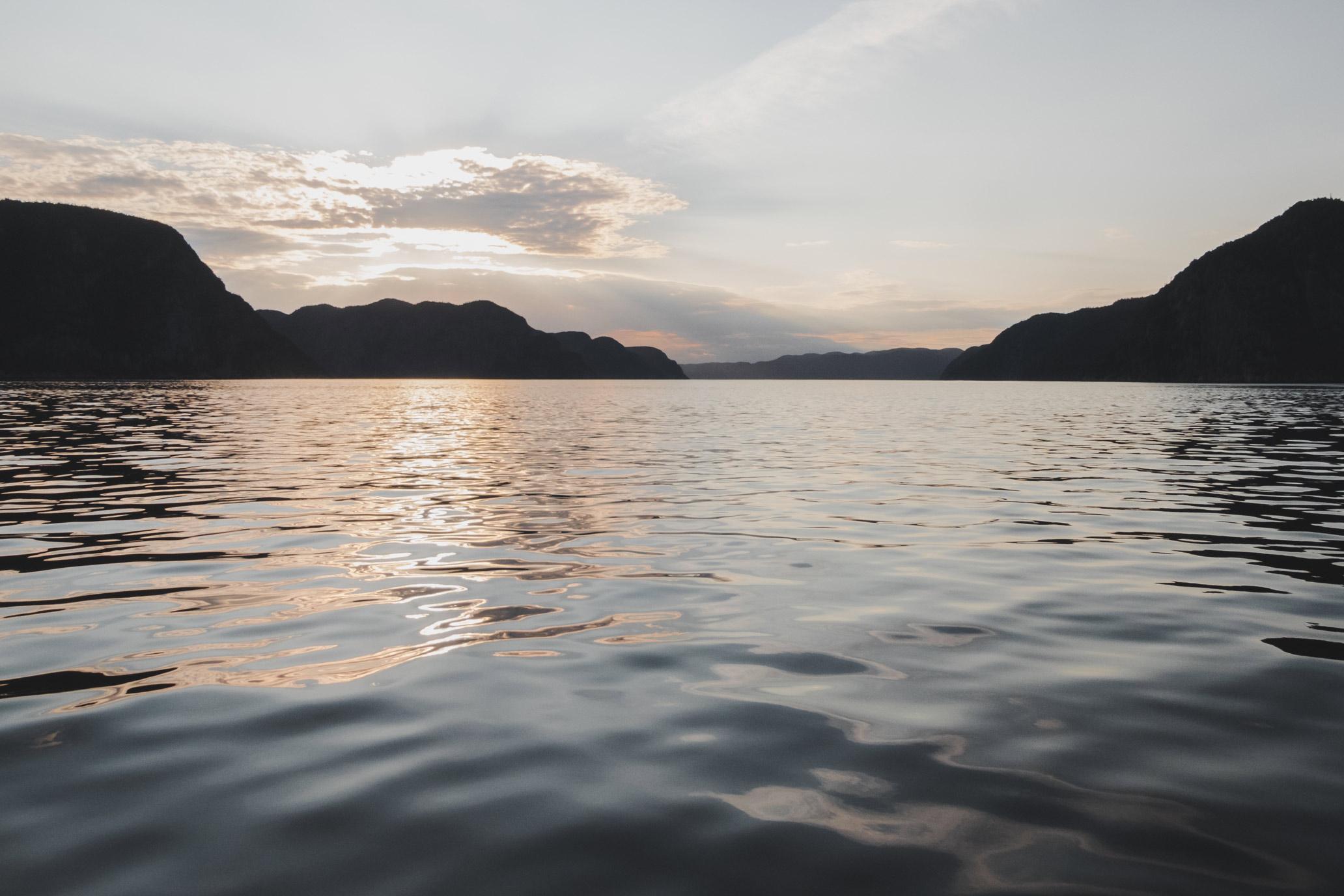 Sunset Fjord du Saguenay